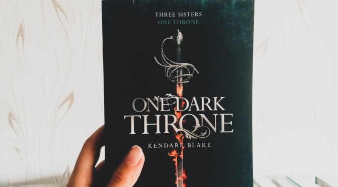 One Dark Throne, T2 – Kendare Blake